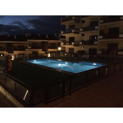 Waterproof Solar Led Lamp Lighting Up Your Swimming Pool
