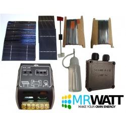 """KIT fotovoltaico 70W da 36 celle solari poli 3""""X6"""" (76X156 mm) classe A con regolatore CMP12 e accessori per l'assemblaggio"""