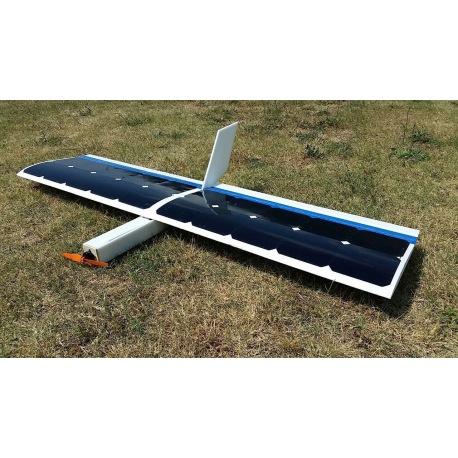 Avion solar RC vuelo sin baterias con celulas solares Solar DR1. Dron solar