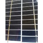 Mini pannello fotovoltaico monocristallino da 12 celle forma quadrato in vetro sfondo bianco da 130X130mm 6V a 2100mW di potenza