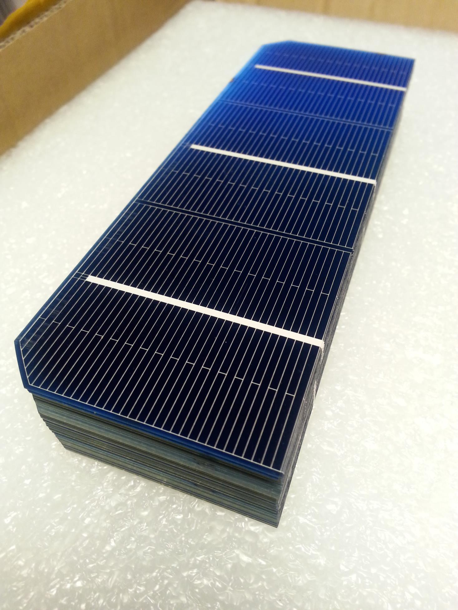Mono Solar Cell 2x6 In 56x156 Mm A Grade 3 Bus Bar 1 5w